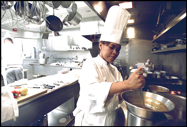 why so few women chefs in restaurant kitchens the feminist kitchen